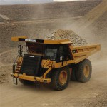 Poor sales hurt Caterpillar profit