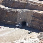 Earthquake damages West Australian gold mine