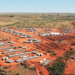 Bushfire threatens FMG's Cloudbreak mining camp, workers evacuated