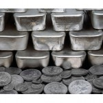 Performance of precious metals fluctuates