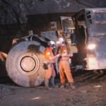 Oz Minerals flags job cuts