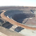 OZ Minerals to close Prominent Hill pit early, save $10m