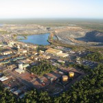 Government orders NT uranium miner to suspend operations