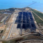Coal loaders try to outrace Yasi