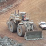 Thousands of US workers apply for mining jobs
