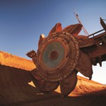 Mining posts strong growth but low confidence