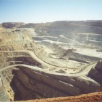 Gold miners accuse government of using false data for mining tax