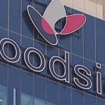Woodside chief executive takes $1m pay cut