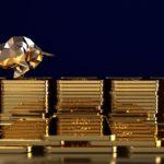 Gold breaches $US1800/oz as Aussie stocks rally